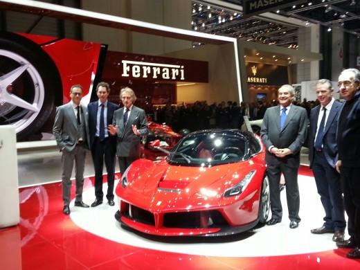 La-Ferrari-Launching-Picture-Autoshow