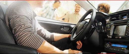 Toyota-Corolla-2014-SESALOON-interior-pictures