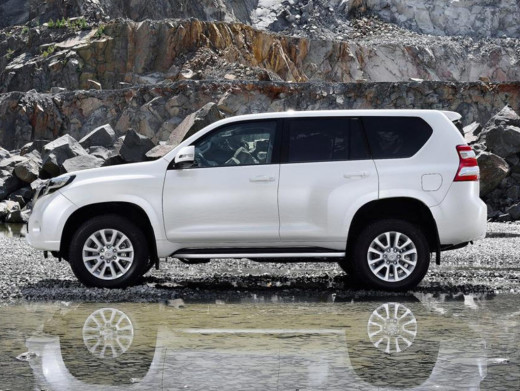 new-2014-LandCruiser-dubai-saudi-arabia-price
