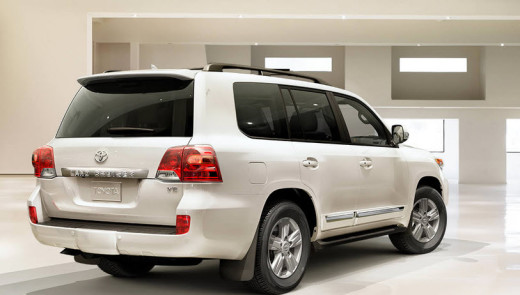 latest-2014-landcruiser-car-model